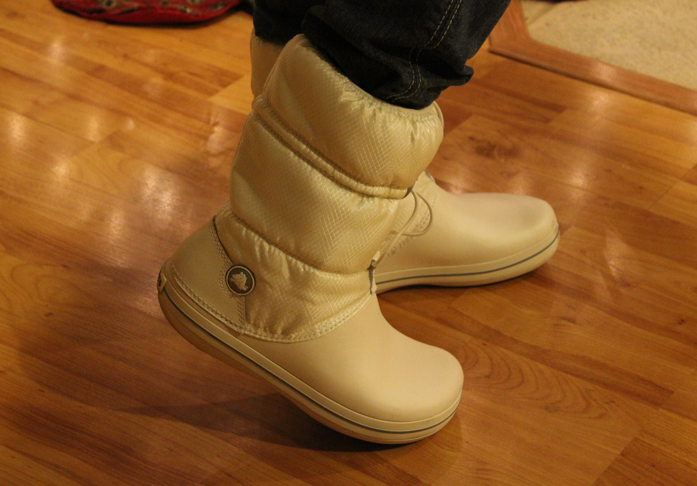 d58f2141fe62 Crocs Crocband Winter Boots Review and Giveaway (Closed)
