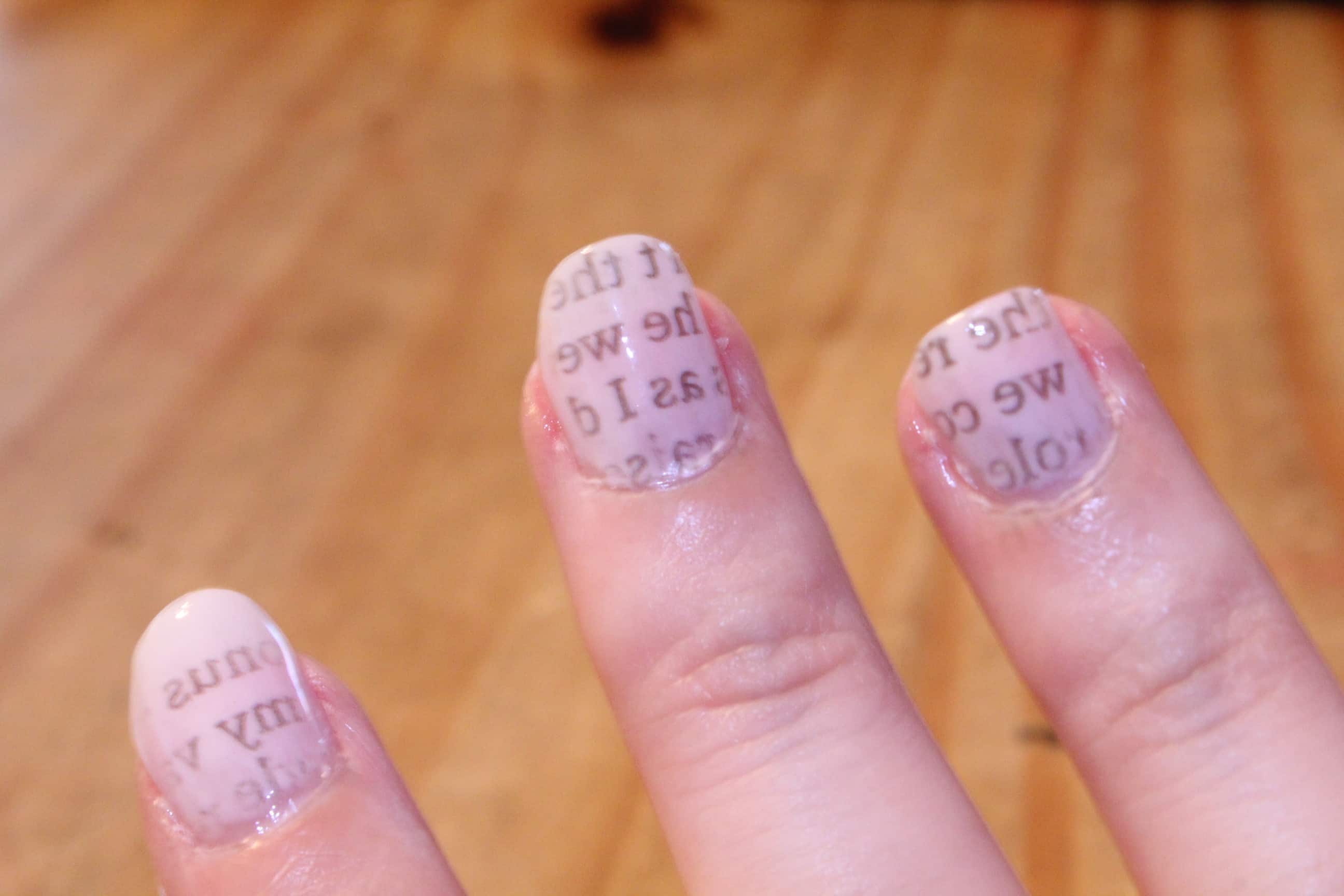 Easy Newsprint Manicure | Simply Being Mommy