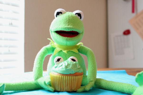 kermit the frog cupcake