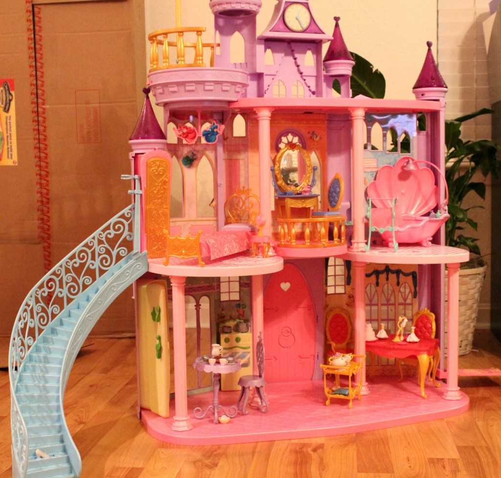 The Disney Princess Ultimate Dream Castle Review