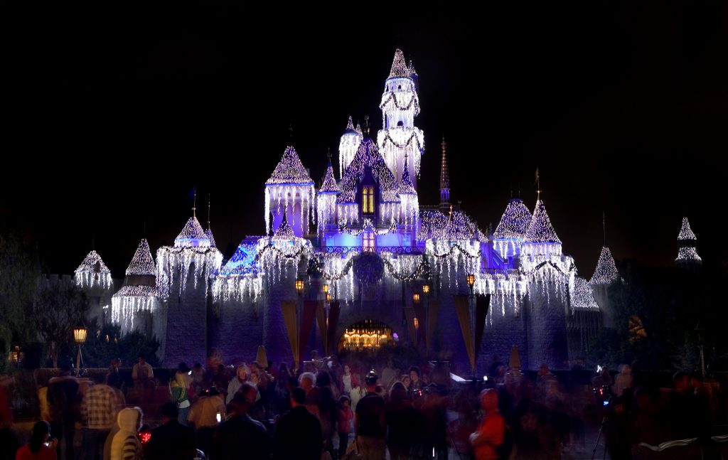 Vacations are special and making the most of your Disneyland Resort visit is priceless. Find out our tips for a magical vacation at the Disneyland Resort.