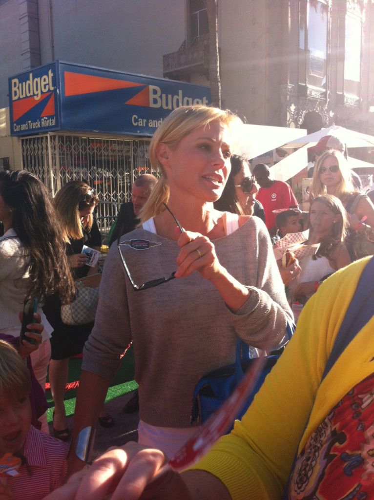 julie bowen at disney planes premiere