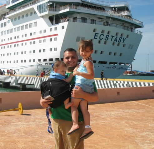 children on a cruise