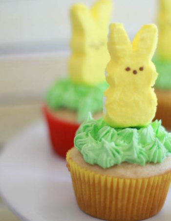 Easter cupcakes using Peeps marshmallow bunnies