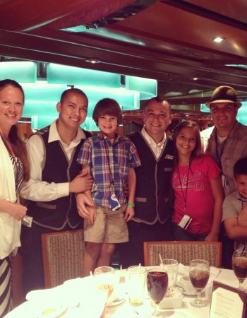dining on a carnival cruise
