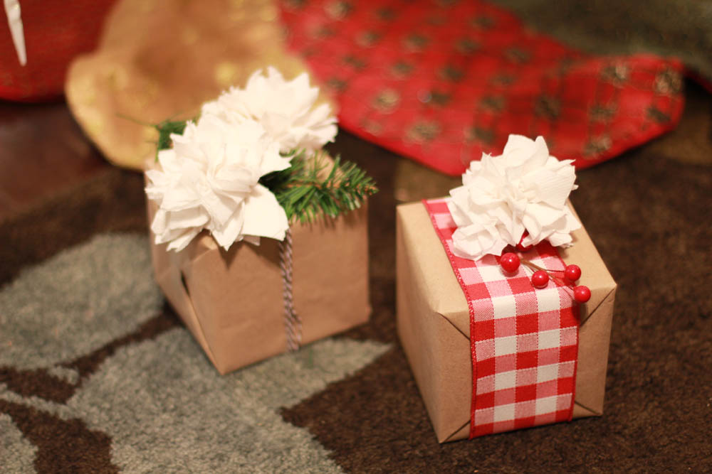 Christmas Gift Wrapped by Using the Paper Napkin Flower Tutorial