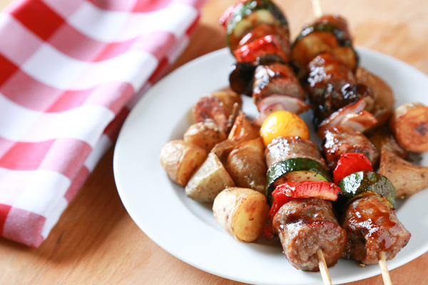 Show Dad just how special he is this Father's Day with Bratwurst in Bed. These Grilled Bratwurst Kabobs are so good and incredibly easy to make.