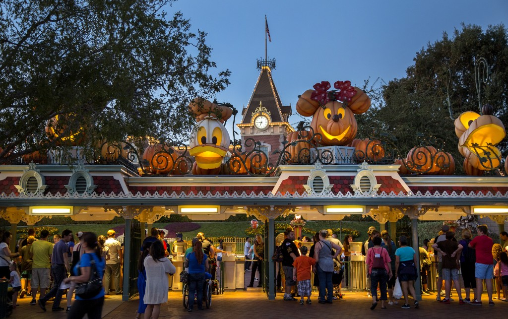Mickey's Halloween Party at Disneyland Resort