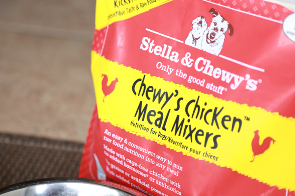 Upgrade your dog's kibble with Stella & Chewy's Raw Dog Food Mixers. These easy meal mixers make it easy to add raw pet nutrition to their diet.