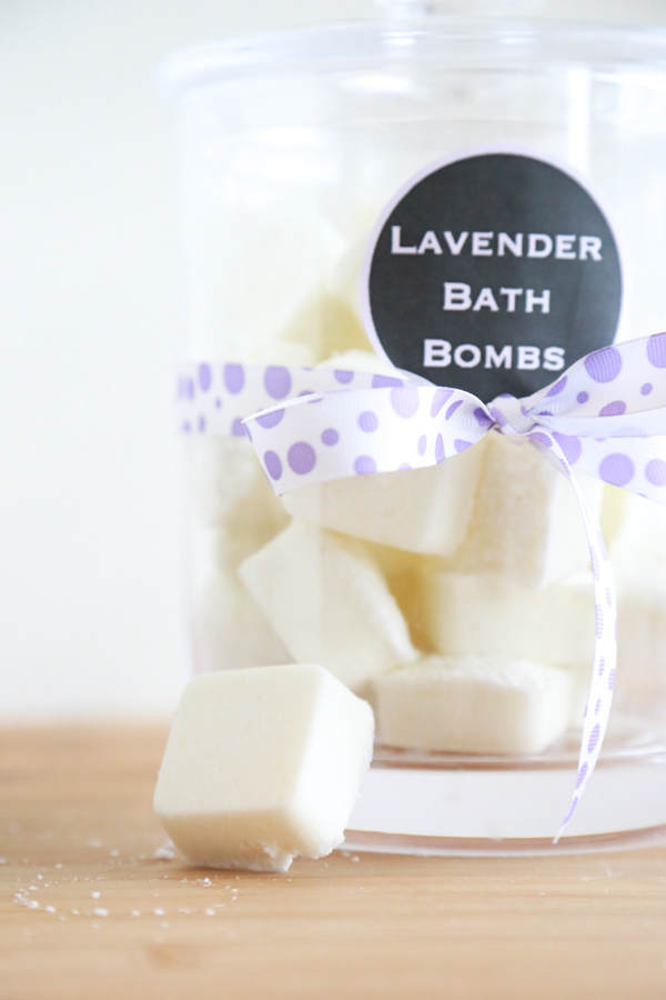 Ever wanted to learn how to make your own bath bombs? Learn how to make lavender bath bombs with these simple ingredients.