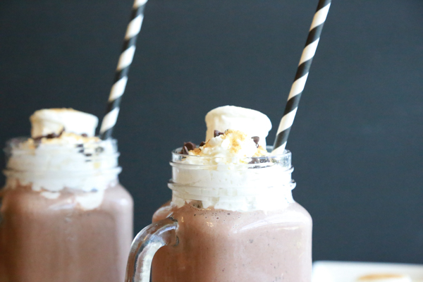 Cool down this summer with these S'Mores Milkshakes. With minimal ingredients & time you can make this tasty treat perfect for those hot, blistery days.