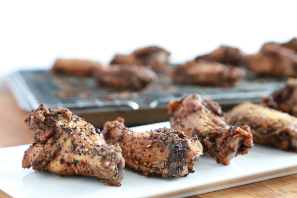 Salted Coffee Chicken Wings \\ such a tasty way to add a little pep to a tailgating favorite. Click through to get the recipe.