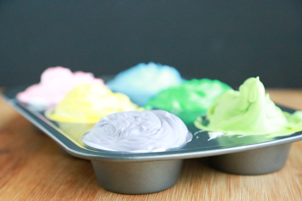 Make bath time fun with this super easy to make Shaving Cream Bath Paint using just two ingredients.