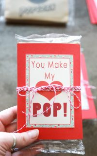 If you would rather forget the candy on Valentine's Day, you'll love this healthier option -- You Make My Heart Pop Valentines printables with popcorn!