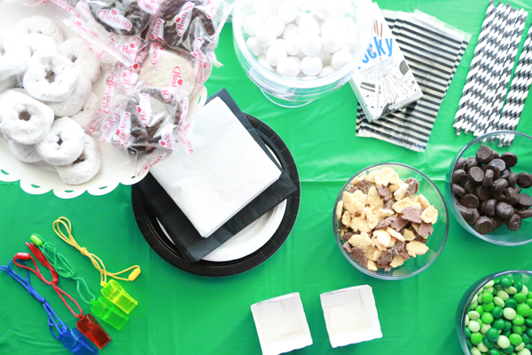 Hosting a soccer party? Find out how to create an Easy Soccer Tablescape that is affordable and classy!