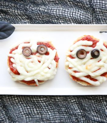 Turn boring English muffins into these spooky English Muffin Mummy Pizzas.