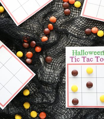 If you love Tic Tac Toe, then you'll love playing a fun game of Halloween Tic Tac Toe.
