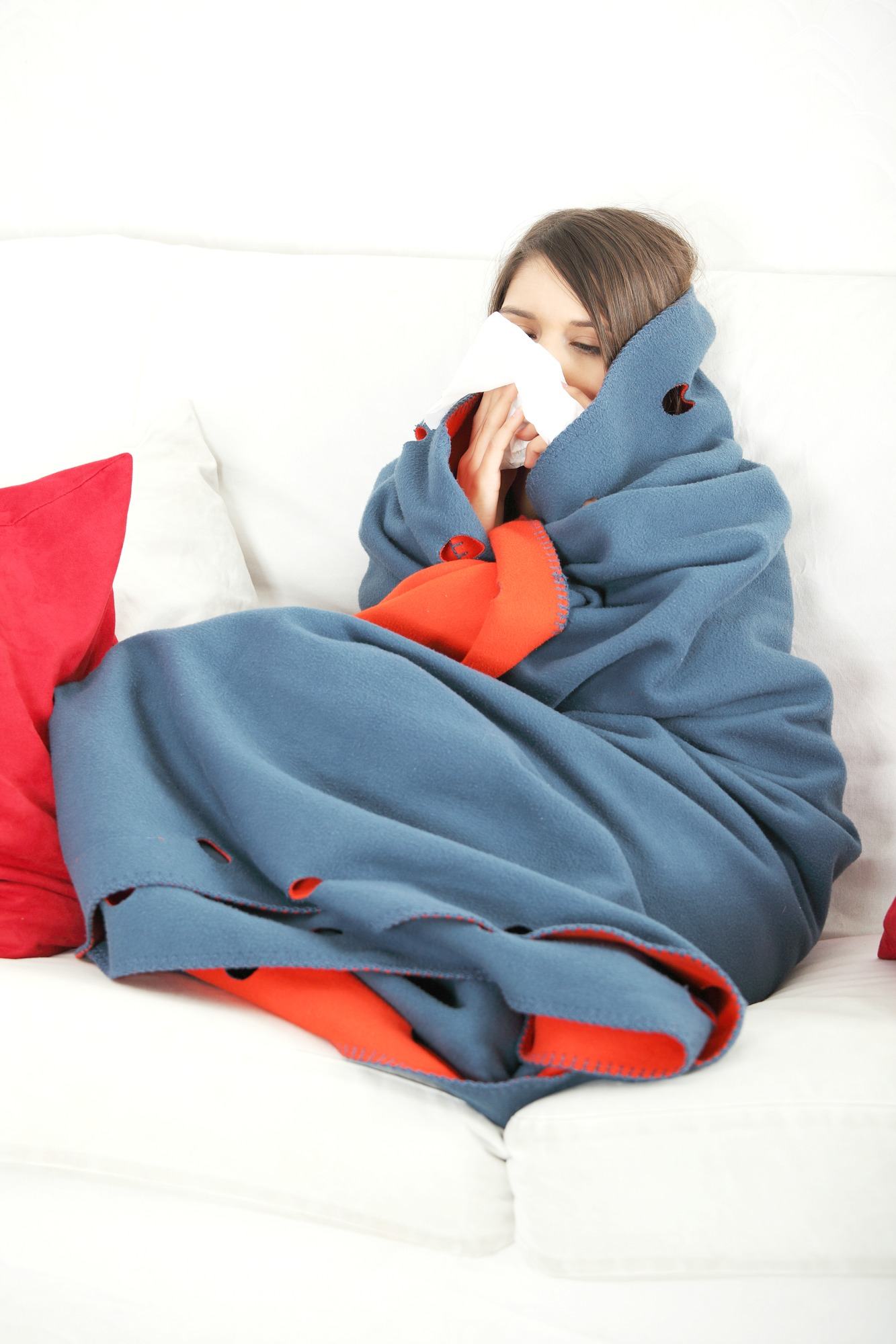 There's no denying that the winter months are here to stay for a little while. Here are 7 ways to protect yourself from the flu this year.