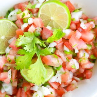 Making homemade pico de gallo is so easy. Click through for my easy homemade pico de gallo recipe.