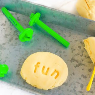 3-Ingredient Pudding Play Dough