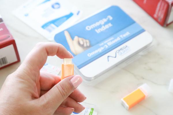 finger prick for an omega-3 index test