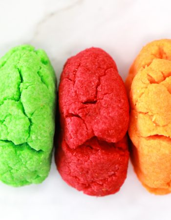 If you're looking for a fun and easy STEM activity with your children, this Edible Jello Play Dough is a perfect choice.