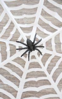 how to make paper spider webs