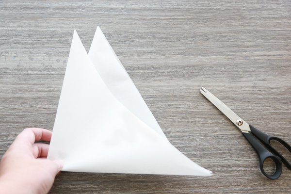 how to make spider webs out of paper