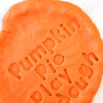 how to make pumpkin pie play dough