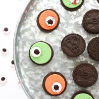 Zombie Eye Oreo Cookies