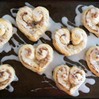 Easy Heart Shaped Cinnamon Rolls