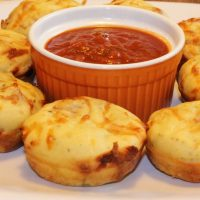 Pepperoni Pizza Muffins