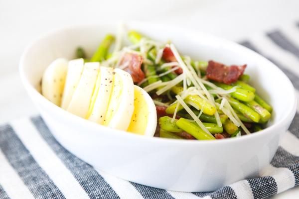 low carb asparagus bacon egg salad