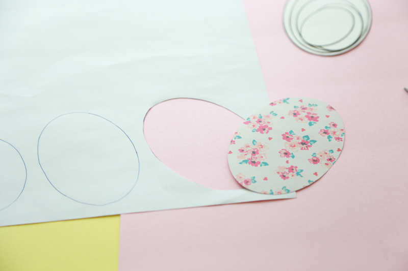 diy paper egg wreath